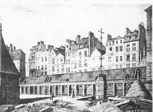 Charniers du cimetière des Innocents (Rue aux fers). Dessin de Bernier, architecte, 1786